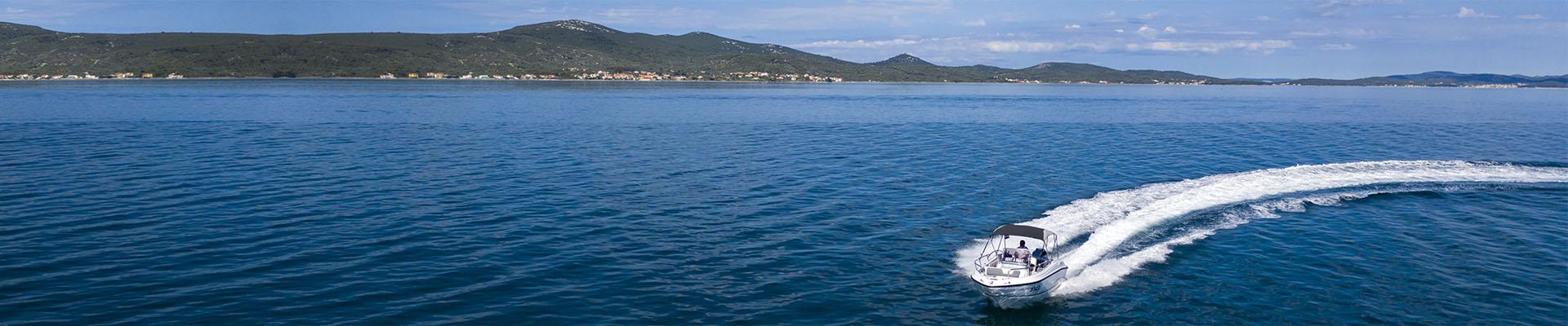 rent-a-speedboat-sukosan